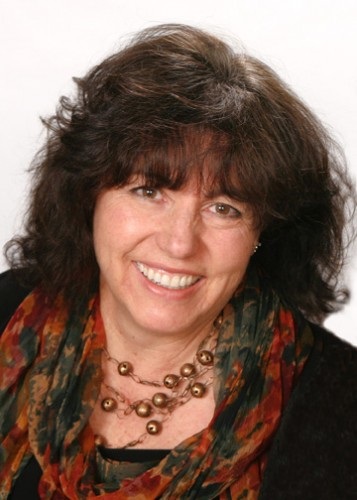 Linden Gross Profile Image